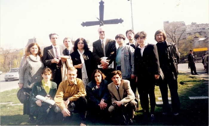 Leonida Lari-Ion Ungureanu-Nicolae Lupan-Luminita Dumbraveanu-Crucea basarabiei din Bucuresti-27 martie 1998-800px