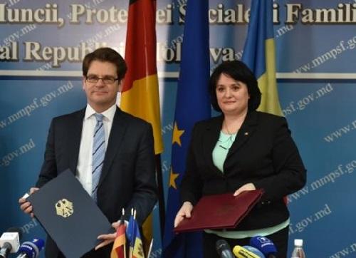 Moldova-Germania-Acord pensii-moment semnare doc-12 ian 2017
