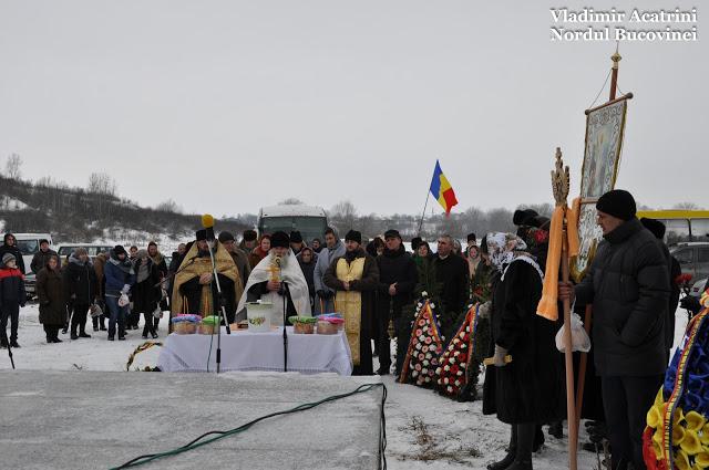 Lunca-parastas Martirilor Neamului-foto Vasile Acatrini-plan general-12 febr 2017-DSC_0573
