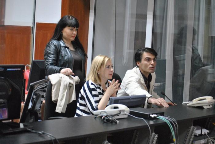 3-Teodor-Gutu la pupitrul regizoral-Moldova 1 TV-800px