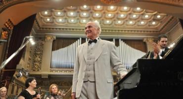 Eugen Doga la Ateneul Roman spectacol Toamna Romantica-25 nov 2012-500px