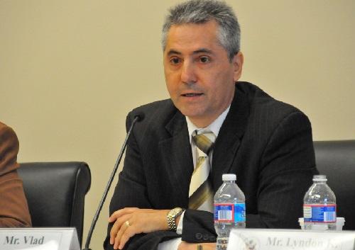 Vlad Spanu-diplomat economist Washington-SUA