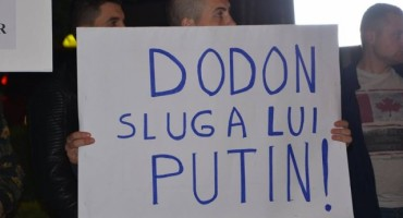 Protest Chisinau contra pres Igor Dodon-protv-md