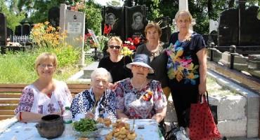 01-Vesnica pomenire scriitoarei si parlamentarei Lidia Istrati-Cimitirul Central-22 iunie 2017-600px