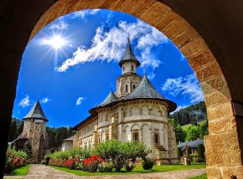 02-07-2017-Manastirea Putna-foto-putna-ro