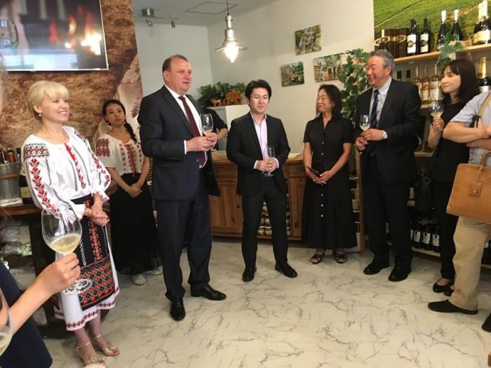 7-Japonia-nou magazin de vinuri din Moldova-1-iulie 2017-