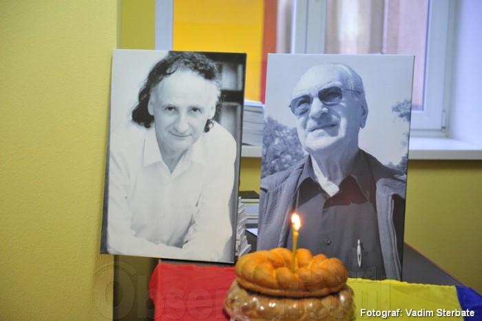 Ion Ungureanu si Grigore Vieru Omagiu-foto Vadim Sterbate Soroca