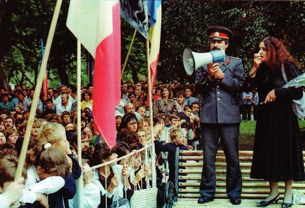 Leonida Lari 31 august 1989-Batalia pentru Limba Romana-captura Flacara Film
