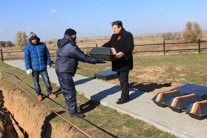 Ostasi romani reinhumati in Rusia-Ambasadorul Romaniei Vasile Soare oct 2016