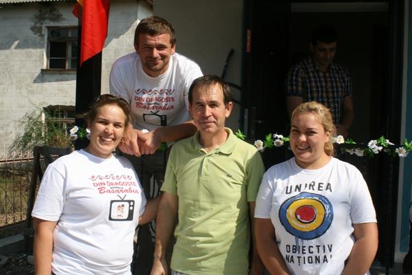 Casa noua pt Familia Carpenco Drochia 4 - Donatorii si voluntarii