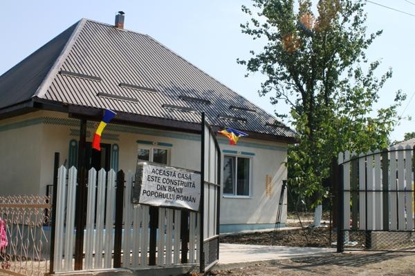 Casa noua pt Familia Carpenco Drochia 6 - Casa noua inaug 9 sept 2017