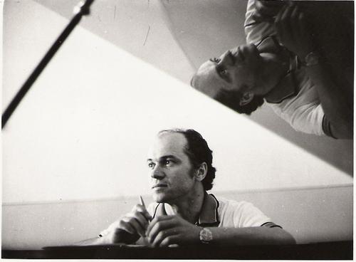 Eugen Doga la pian-tinar-arhiva Flacara Film-500px