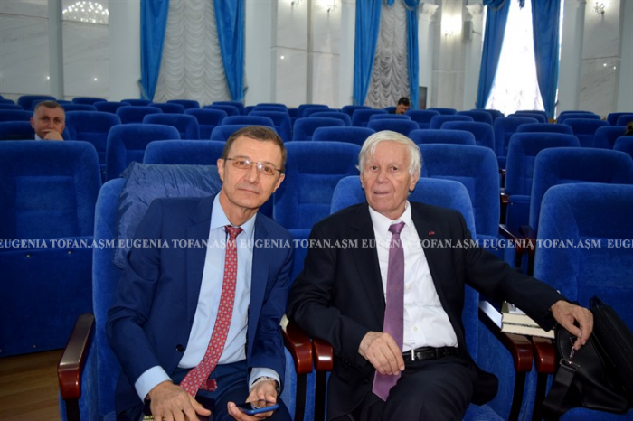 Mihai Cimpoi la 75 ani-Congresul Eminescologilor-4 sept 2017 ASM-Acad Aurel Pop si Eugen Simion