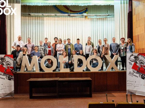 Moldox Festival Film DOC 2017-Cahul-scena organizatori