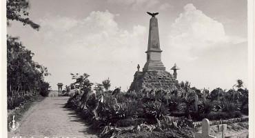 Ismail_Vulturul-monument in cimitirul_eroilor-1938-romaniainterbelica-ro