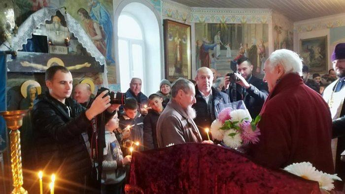Eugen Doga-Biserica Cenac-la sfat cu satenii8 nov 2017-