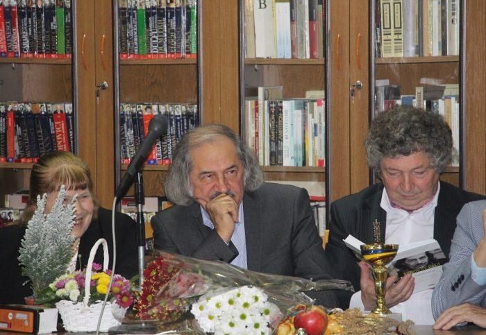 3-Vasile Romanciuc la aniversraea 70-Biblioteca Ion Creanga-17 dec 2017