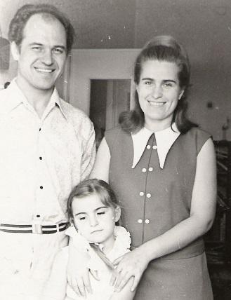 Eugen si Natalia Doga cu fiica cu Viorica de 6 ani