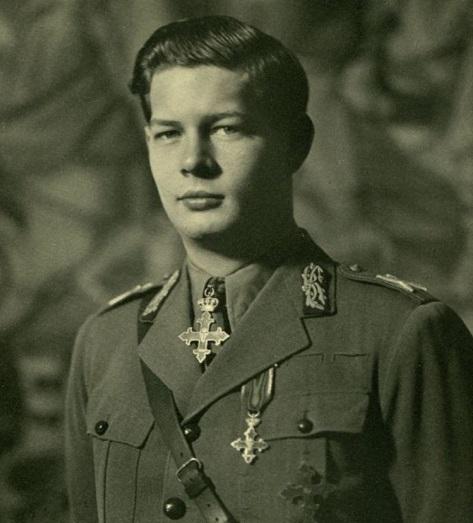 Regele Romaniei Mihai I-tinar